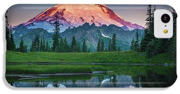 Mountain iPhone 5c Case - Glowing Peak - August by Inge Johnsson