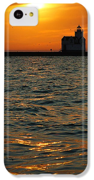 Gold On The Water IPhone 5c Case by Bill Pevlor