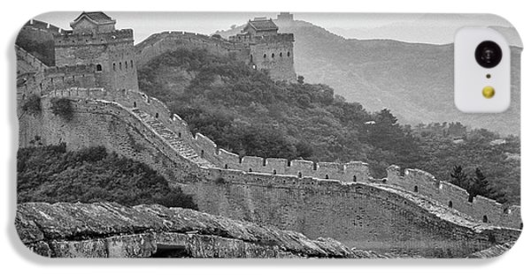 IPhone 5c Case featuring the photograph Great Wall 7, Jinshanling, 2016 by Hitendra SINKAR