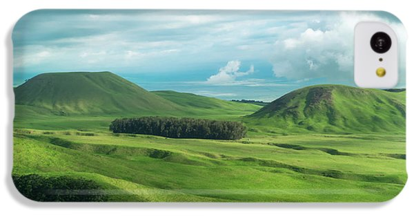 Green Hills On The Big Island Of Hawaii IPhone 5c Case by Larry Marshall