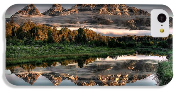 Landscape iPhone 5c Case - Hazy Reflections At Scwabacher Landing by Ryan Smith