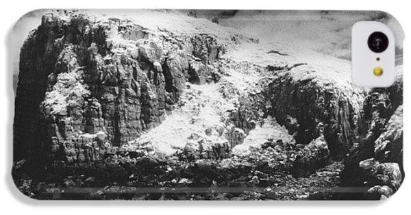 Dungeon iPhone 5c Case - Isle Of Skye by Simon Marsden