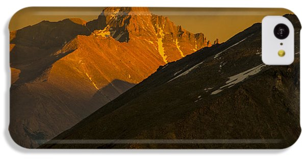 IPhone 5c Case featuring the photograph Long's Peak by Gary Lengyel