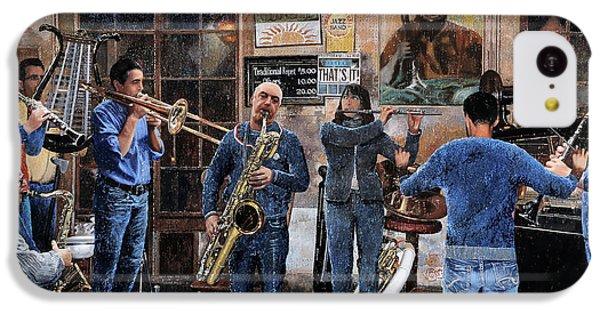 Trumpet iPhone 5c Case - L'orchestra by Guido Borelli