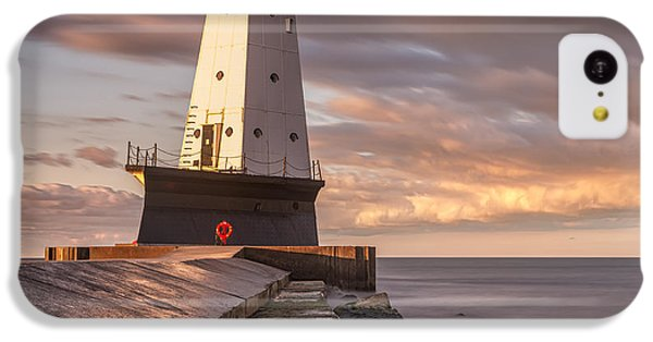IPhone 5c Case featuring the photograph Ludington North Breakwater Light At Dawn by Adam Romanowicz