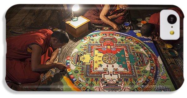 Making Of Mandala IPhone 5c Case by Hitendra SINKAR