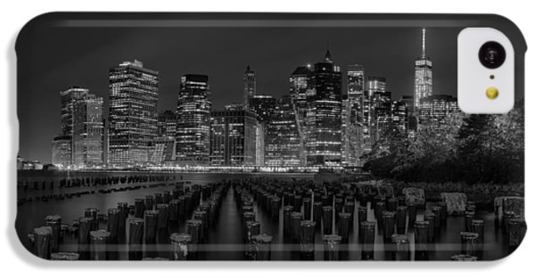 Manhattan And The Brooklyn Pileons In Black And White IPhone 5c Case