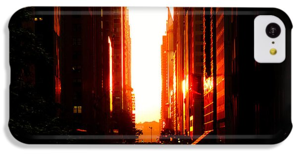 City Sunset iPhone 5c Case - Manhattanhenge Sunset Overlooking Times Square - Nyc by Vivienne Gucwa