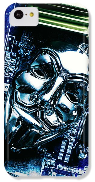 Metal Anonymous Mask On Motherboard IPhone 5c Case
