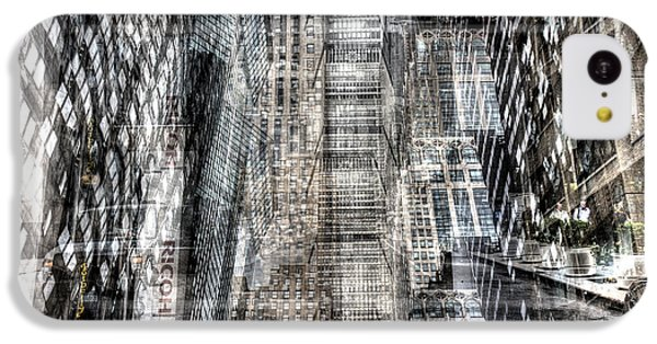 IPhone 5c Case featuring the photograph Midtown Sidestreet by Dave Beckerman