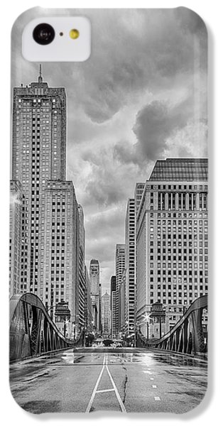 Monochrome Image Of The Marshall Suloway And Lasalle Street Canyon Over Chicago River - Illinois IPhone 5c Case