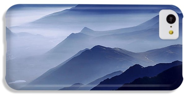 Mountain iPhone 5c Case - Morning Mist by Chad Dutson