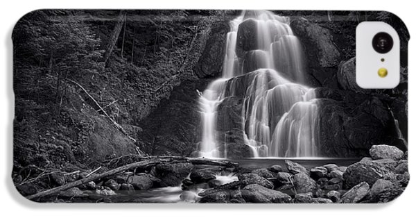 Landscapes iPhone 5c Case - Moss Glen Falls - Monochrome by Stephen Stookey