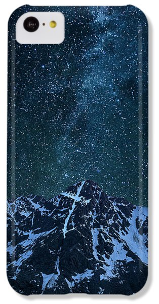 IPhone 5c Case featuring the photograph Mt. Of The Holy Cross Milky Way by Aaron Spong