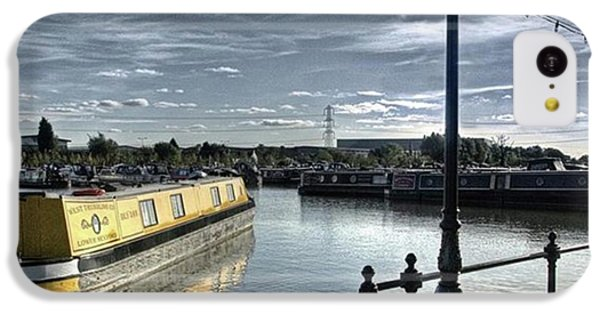 Narrowboat Idly Dan At Barton Marina On IPhone 5c Case