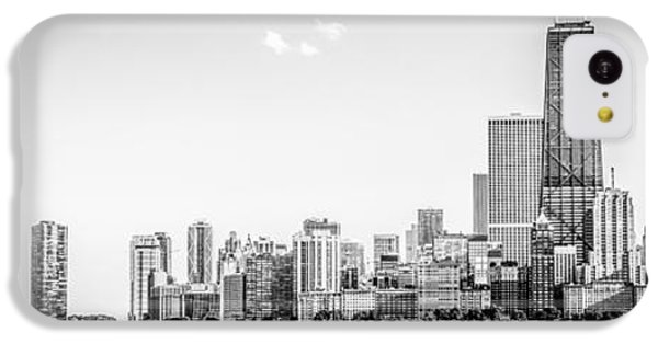 Hancock Building iPhone 5c Case - North Chicago Skyline Panorama In Black And White by Paul Velgos
