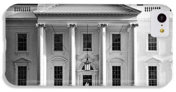 Whitehouse iPhone 5c Case - north facade from pennsylvania avenue the white house Washington DC USA by Joe Fox
