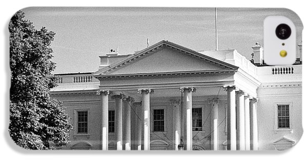 Whitehouse iPhone 5c Case - north facade of the White House with flag flying Washington DC USA by Joe Fox