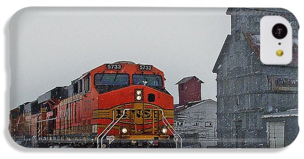 Northbound Winter Coal Drag IPhone 5c Case by Ken Smith