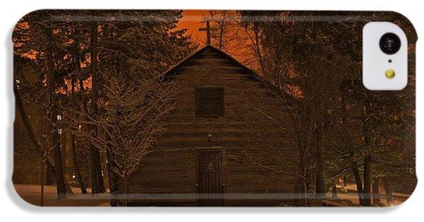 Notre Dame Log Chapel Winter Night IPhone 5c Case