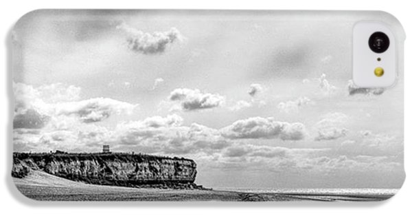 Sky iPhone 5c Case - Old Hunstanton Beach, Norfolk by John Edwards