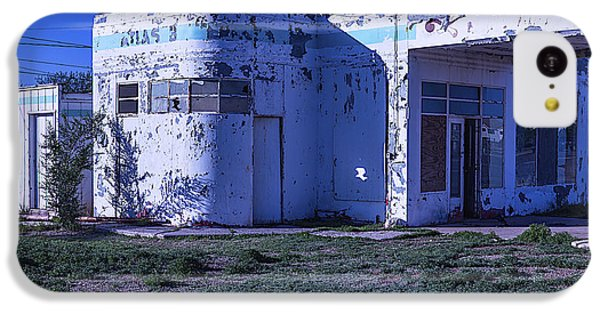 Old Run Down Gas Station IPhone 5c Case by Garry Gay