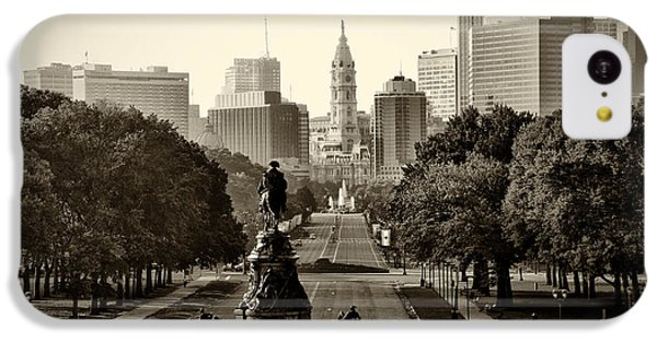Philadelphia Benjamin Franklin Parkway In Sepia IPhone 5c Case by Bill Cannon