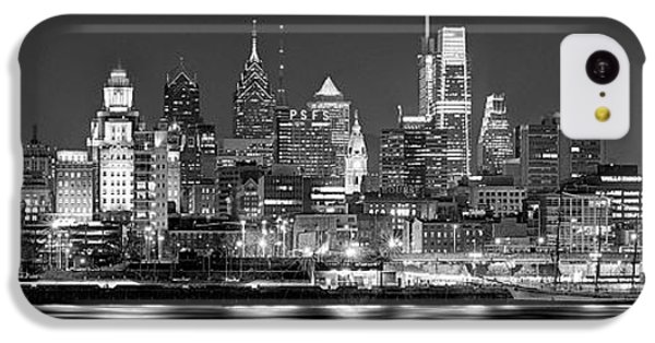 Philadelphia iPhone 5c Case - Philadelphia Philly Skyline At Night From East Black And White Bw by Jon Holiday