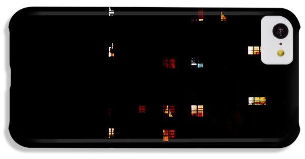 Rear Windows IPhone 5c Case by Rona Black