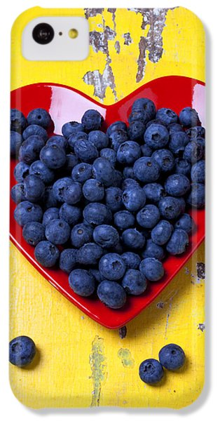 Red Heart Plate With Blueberries IPhone 5c Case by Garry Gay