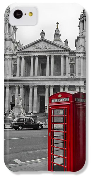 Red Telephone Boxes In London IPhone 5c Case by Gary Eason