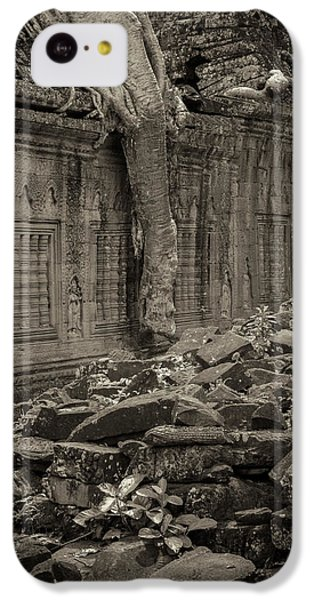 IPhone 5c Case featuring the photograph Roots In Ruins 6, Ta Prohm, 2014 by Hitendra SINKAR