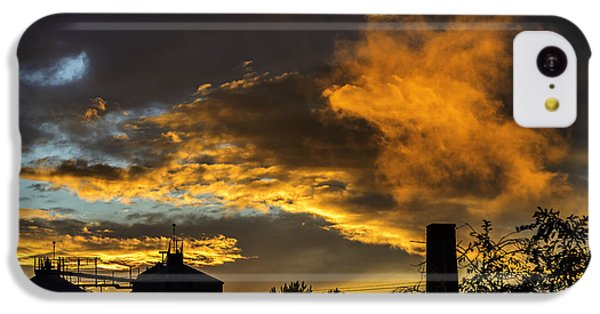 IPhone 5c Case featuring the photograph Smoky Sunset by Jeremy Lavender Photography