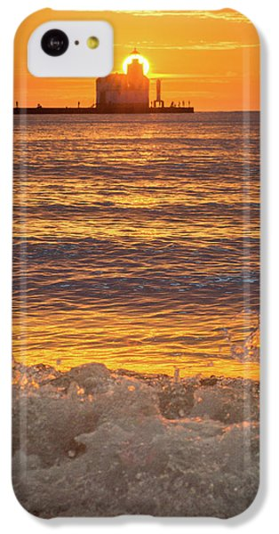 IPhone 5c Case featuring the photograph Splash Of Light by Bill Pevlor