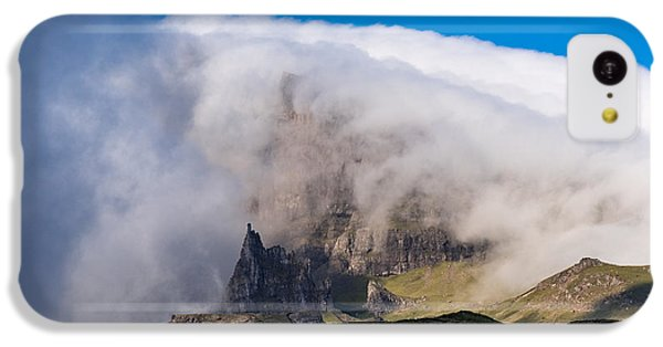 IPhone 5c Case featuring the photograph Storr In Cloud by Gary Eason