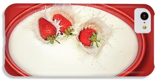 Fruit Bowl iPhone 5c Case - Strawberries Splashing In Milk by Johan Swanepoel