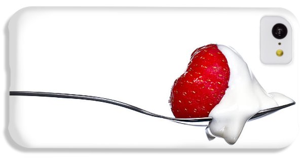 Strawberry And Cream IPhone 5c Case by Gert Lavsen