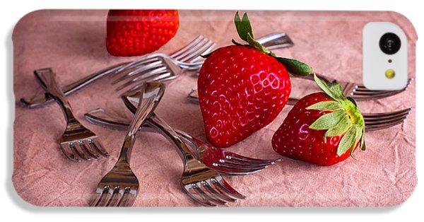 Strawberry Delight IPhone 5c Case by Tom Mc Nemar