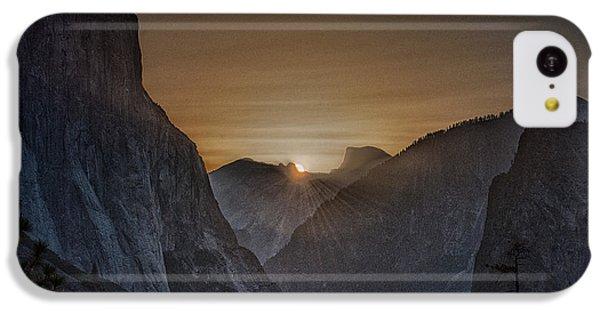 Sunburst Yosemite IPhone 5c Case by Bill Roberts