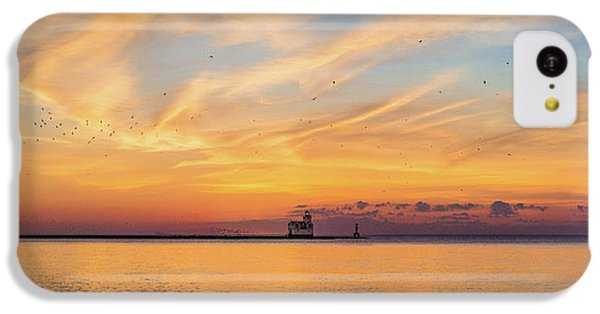 IPhone 5c Case featuring the photograph Sunrise And Splendor by Bill Pevlor