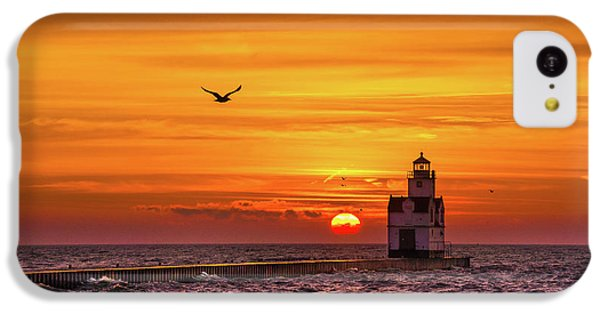 IPhone 5c Case featuring the photograph Sunrise Solo by Bill Pevlor