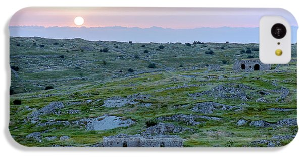 Sunset Over A 2000 Years Old Village IPhone 5c Case