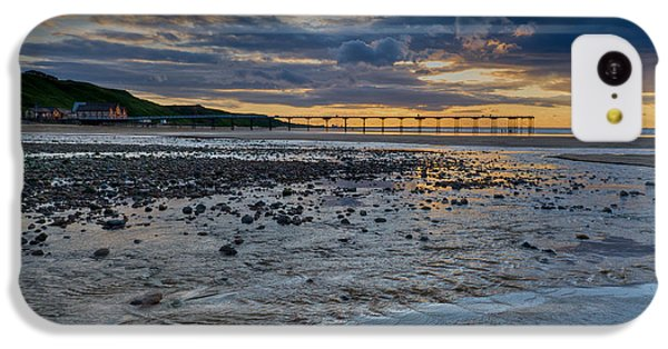 Sunset With Saltburn Pier IPhone 5c Case by Gary Eason