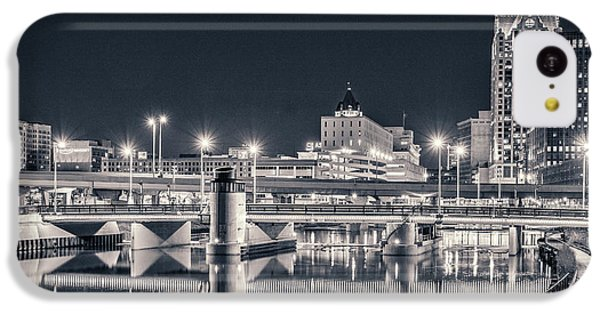 IPhone 5c Case featuring the photograph The Bright Dark Of Night by Bill Pevlor