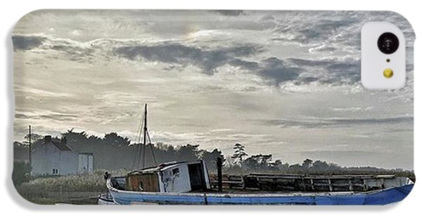 iPhone 5c Case - The Fixer-upper, Brancaster Staithe by John Edwards