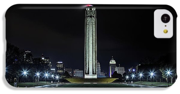 IPhone 5c Case featuring the photograph The Kansas City Liberty Memorial by JC Findley