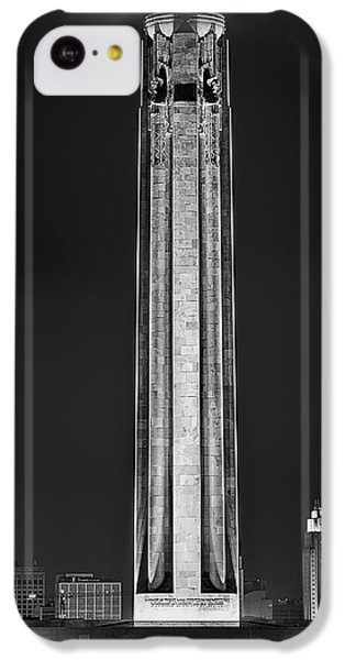 IPhone 5c Case featuring the photograph The Liberty Memorial Black And White by JC Findley