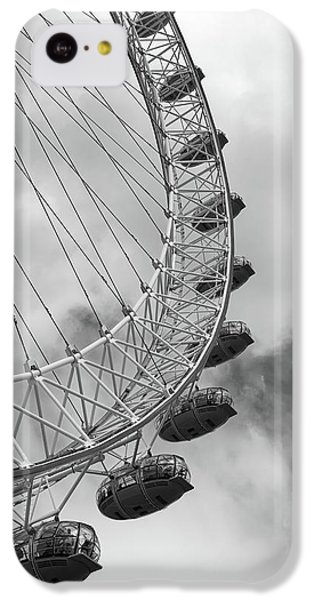 IPhone 5c Case featuring the photograph The London Eye, London, England by Richard Goodrich