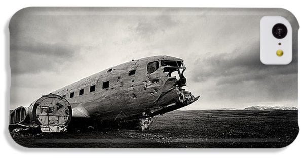 The Solheimsandur Plane Wreck IPhone 5c Case