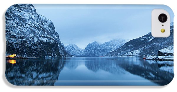 The Stillness Of The Sea IPhone 5c Case by David Chandler